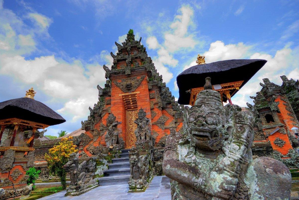 Batuan Temple in Bali by nadiology via Flickr CC