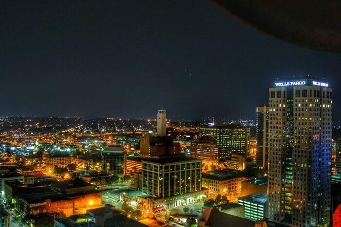 Birmingham skyline Alabama by Amcannally via Wikipedia CC