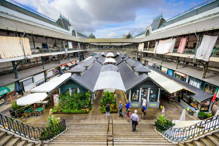 Bolhao Market Porto image via Depositphotos