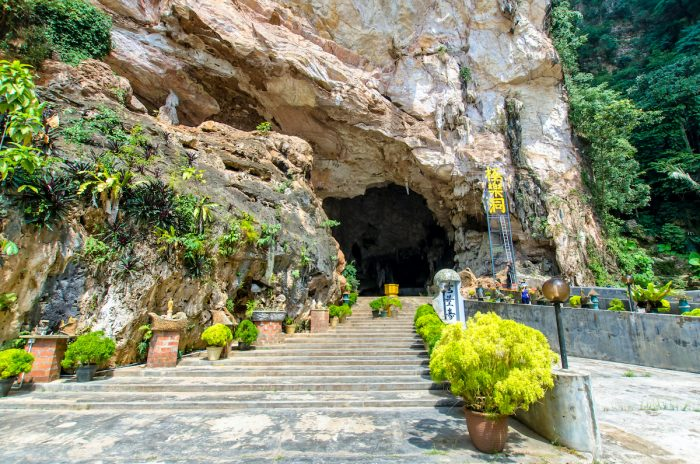 Entrance view of the Kek Lok Tong which is located at Gunung Rapat in the south of Ipoh via Depositphotos