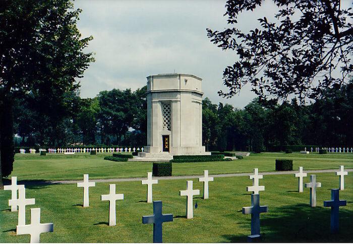Flanders Field American Cemetery and Memorial via Wikipedia CC
