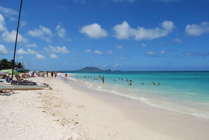 Lanikai Beach near Honolulu by Matt Sims via Flickr CC
