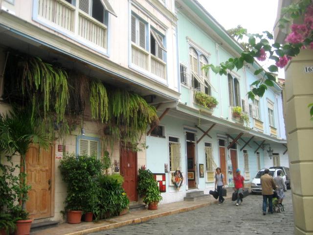 Las Penas Neighborhood by Freddy Eduardo via Wikipedia CC