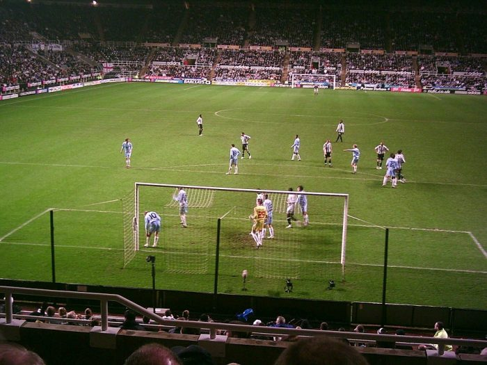 Zulte Waregem playing Newcastle United in a UEFA Cup tie by Wikipedia CC