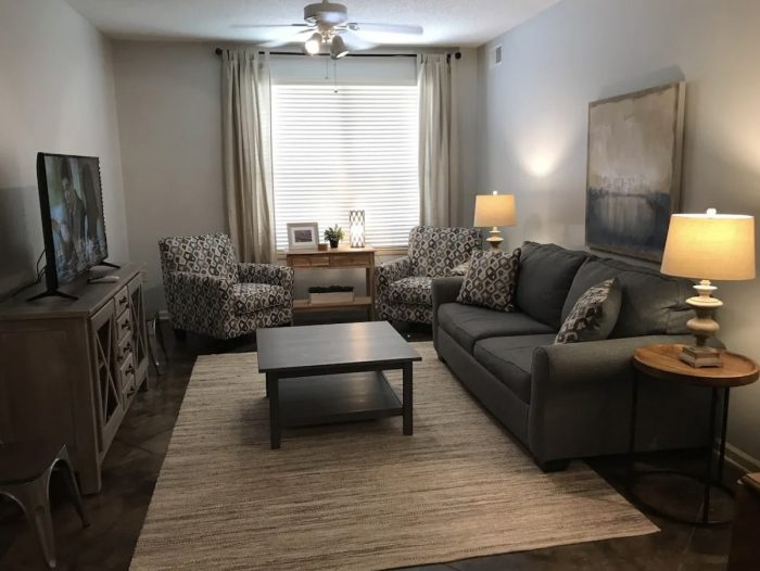 Airbnb Apartment Rental in Downtown Memphis