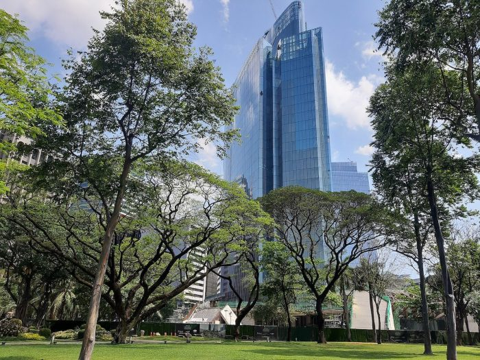 Ayala Triangle Gardens by RioHondo via Wikipedia CC