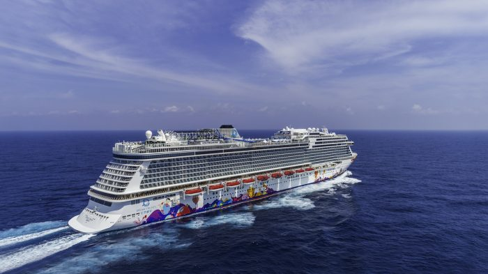Dream Cruises in Singapore