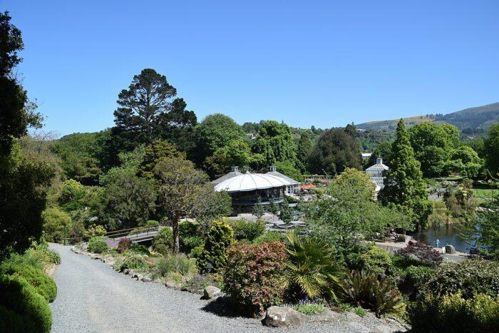 Dunedin Botanic Garden by Krzysztof Golik via Wikipedia CC