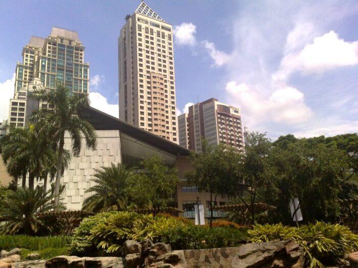 Greenbelt Park in Makati City