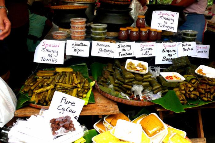 Kakanin at Salcedo Saturday Market by chotda via Flickr CC