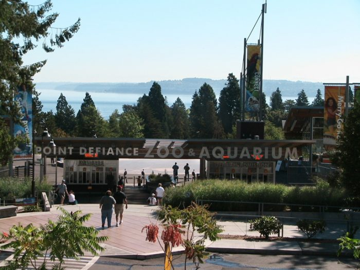 Point Defiance Zoo & Aquarium by Takinzinnia via Wikipedia CC