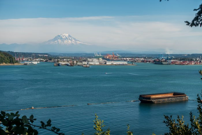 Port of Tacoma photo via Depositphotos