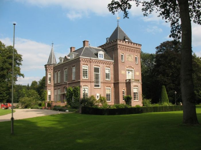 Prattenburg Castle photo via Wikipedia CC
