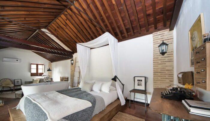 Romantic apartment in Granada