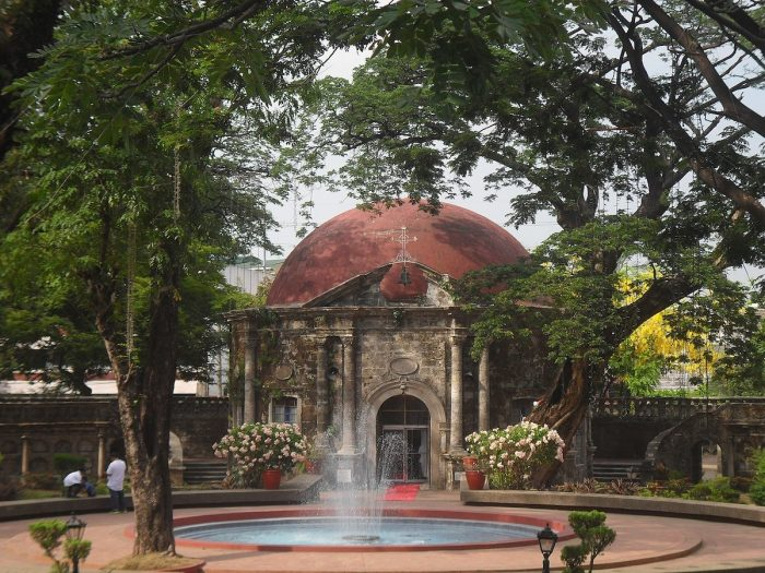St. Pancratius Chapel at the rear of Paco Park by Carlojoseph14 via Wikipedia CC