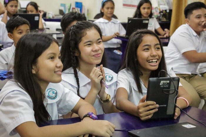 Student beneficiaries of Ayala Foundation