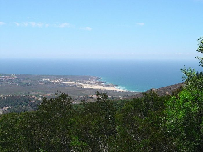 View from the Serra de Sintra by Vitor Oliveira via Flickr CC