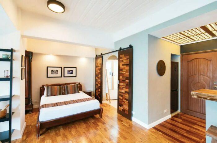 1 Bedroom Studio Rental in Poblacion Makati with Jacuzzi