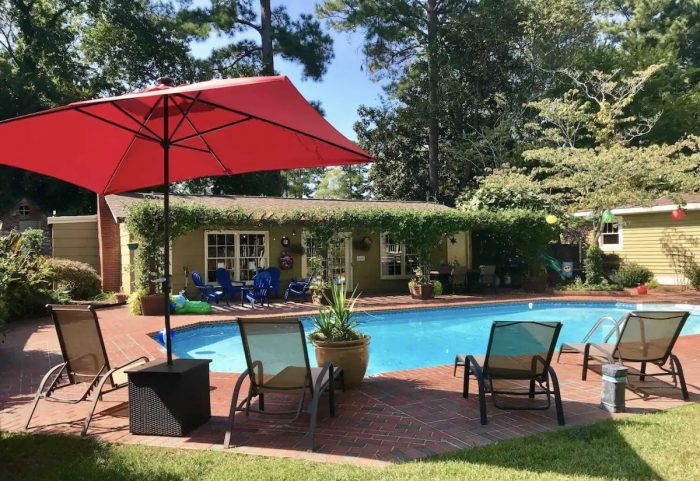 Airbnb Fayetteville NC with Pool