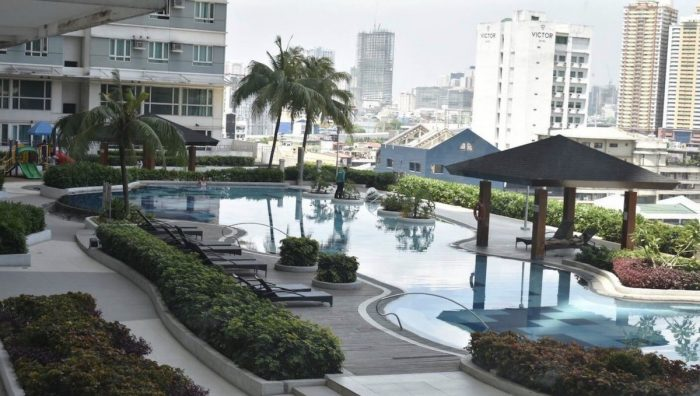 Airbnb Makati with Pool