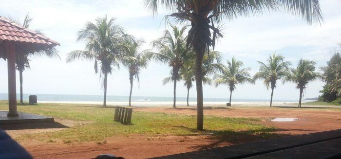 Batu Hitam Beach by Tomahawkarf via Wikipedia CC