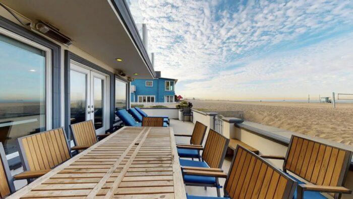 Beachfront Airbnb in Venice Beach California