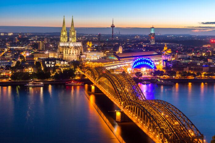 Photo of the Hohenzollern Bridge via Depositphotos