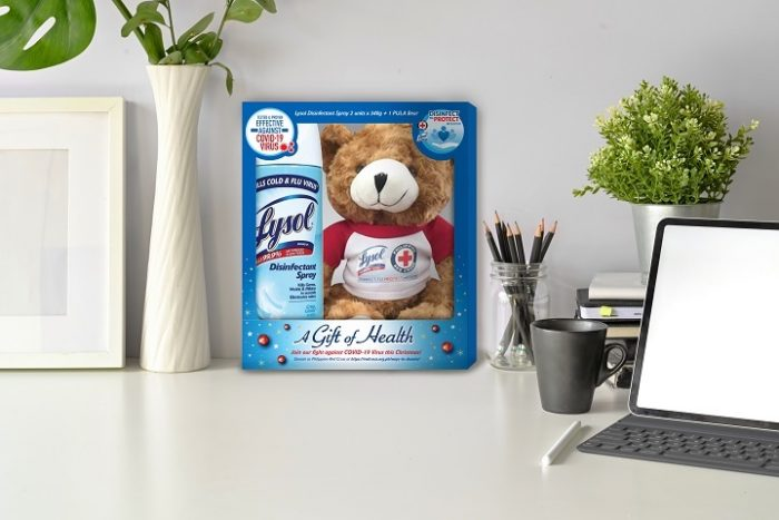Lysol encourages consumers to purchase Christmas bundle packs