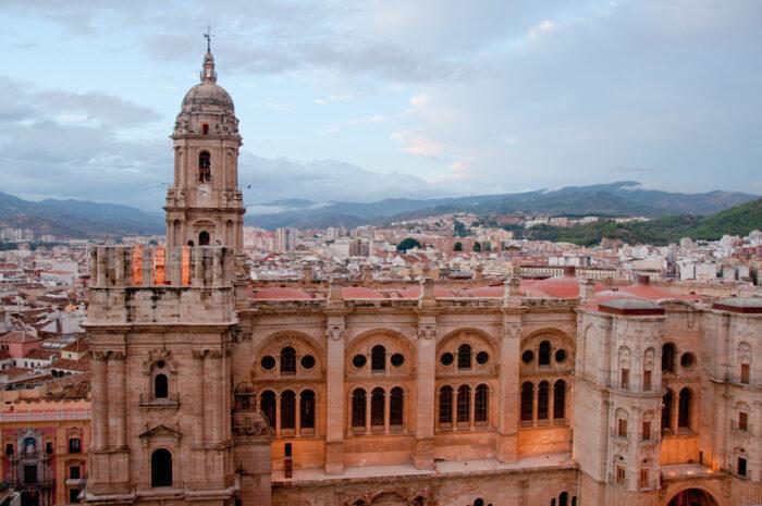 Foto der Kathedrale von Malaga über Depositphotos