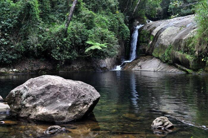 Poco Negro Waterfall by Fabian Kronenberger via Flickr CC
