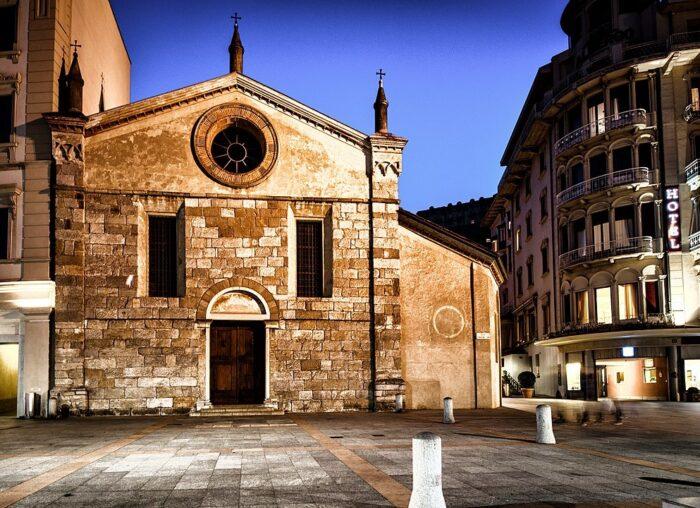 Santa Maria degli Angioli church in Lugano by Monster4711 via Wikipedia Cc