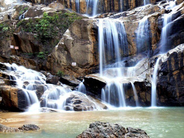 Sungai Pandan Waterfall by Zhi Yong Lee via Flickr CC