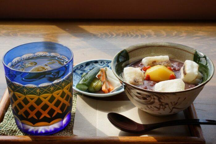 Tea Shop Yuhi photo via visit-hokkaido.jp