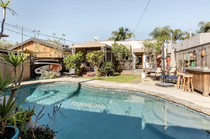 Venice Beach Guest Studio Airbnb with Pool and Hot Tub