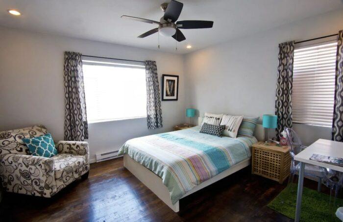 Vintage Home Bungalow Airbnb El Paso TX