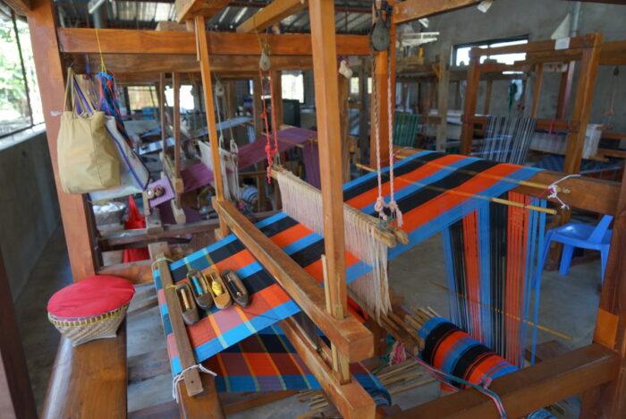 Abel Loom Weaving in La Paz, Abra