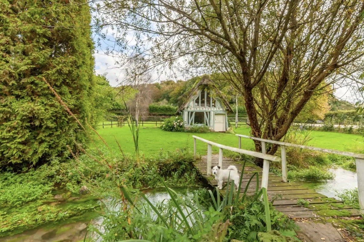 7 Best Airbnbs in Normandy, France