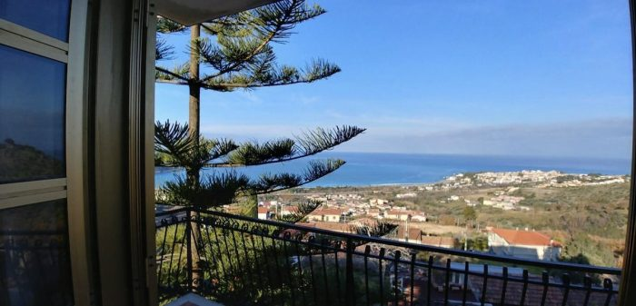 Calabria Airbnb Apartment with Panoramic view