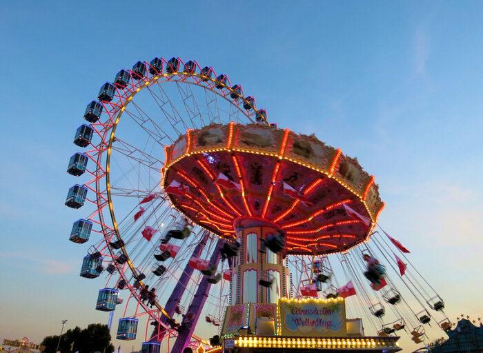Cannstatter Volksfest by die.tine via Flickr CC