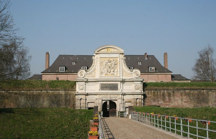 Entrance to the Citadel of Lille by Remi Jouan via Wikipedia CC