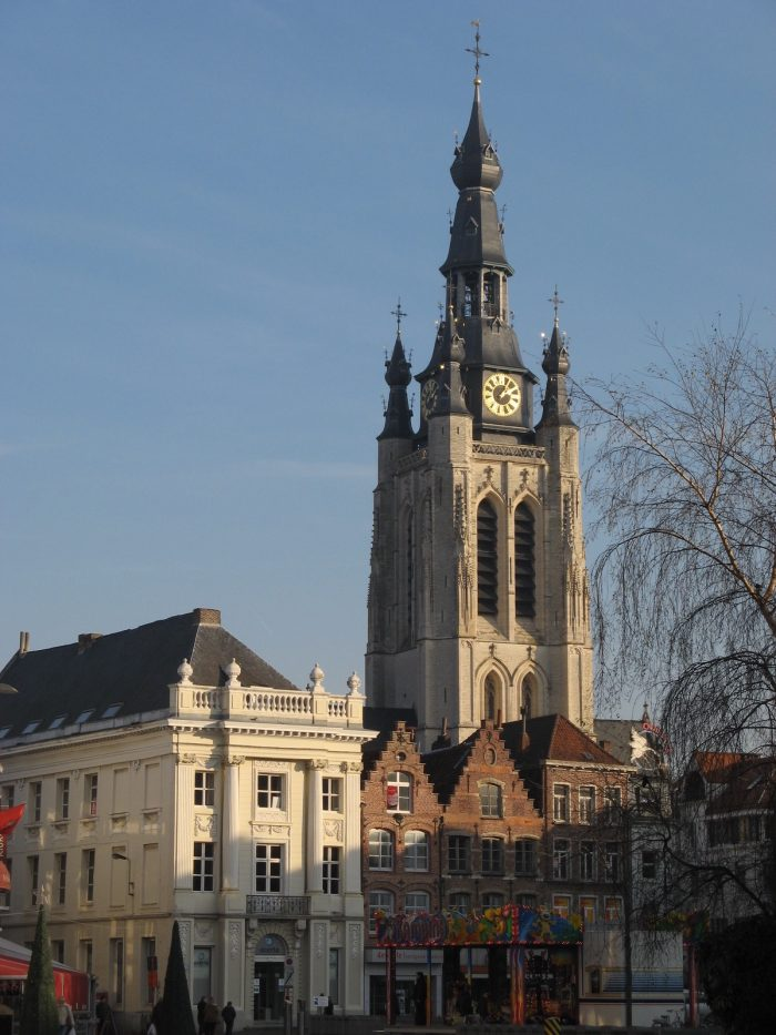 Grote Markt and the Saint Martin's Church by Donar Reiskoffer via Wikipedia CC