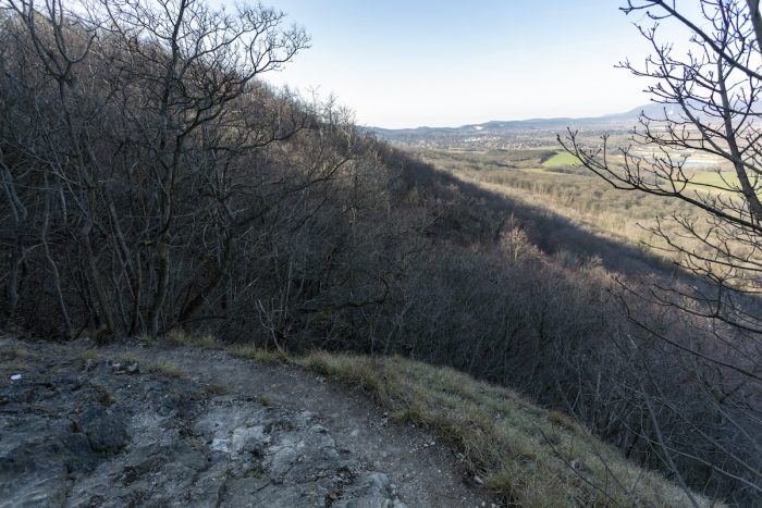 Hiking trail in the Buda Hills near Budapest photo via Depositphotos