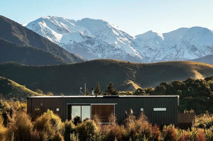 Kaikoura Airbnb with a beautiful view of the Mountain