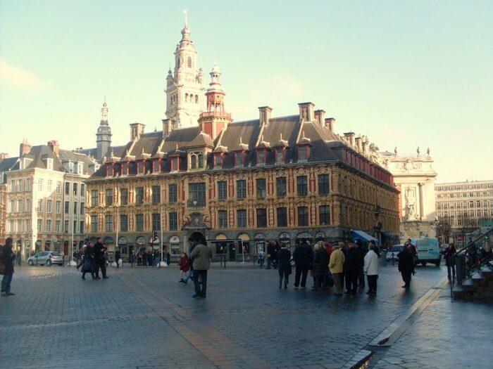 La Vieille Bourse by Francoise C via Flickr CC