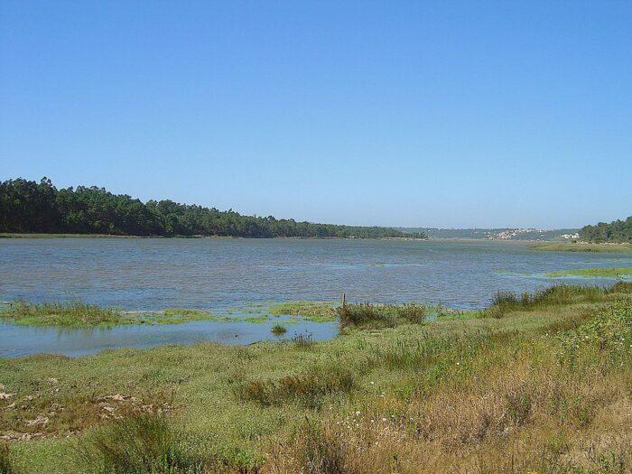 Lagoa de Obidos by Vitor Oliveira via Wikipedia CC
