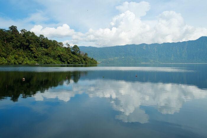 Lake Maninjau photo via Depositphotos