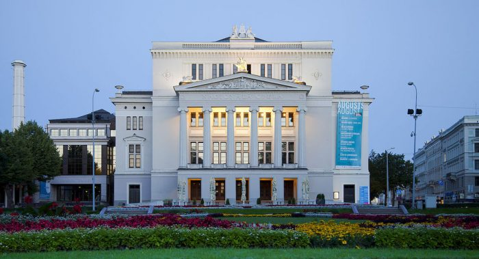 Latvian National Opera and Ballet by Diego Delso via Wikipedia CC