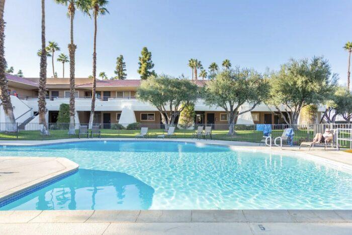 Luxury Condo Rental in Palm Springs CA