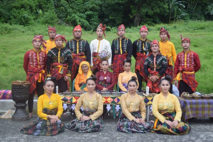 Madayaw Cultural Ensemble, one of the best in the Traditional Music Ensemble Category for their pandag, the healing ritual of the Maguindanaon sa Layah