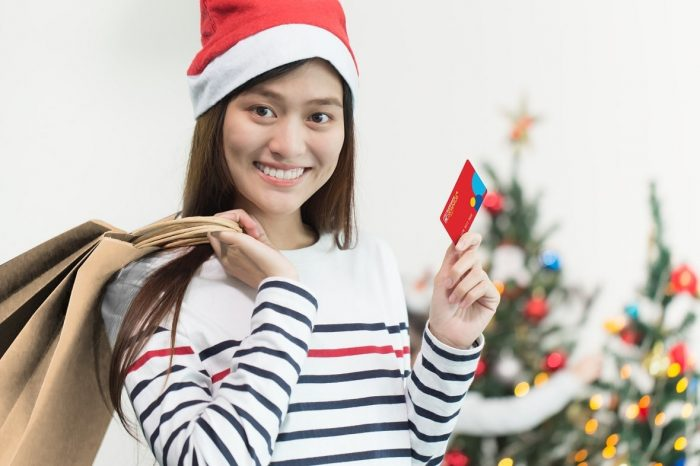 Make your Christmas shopping stress-free and rewarding with Robinsons Rewards.